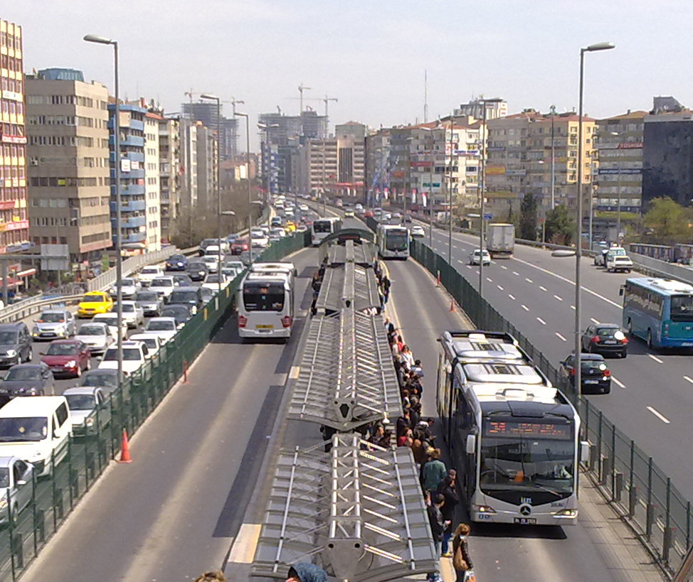 Beylikdüzü Metrobüse Yeni Hat